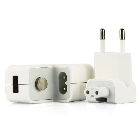 7459-4-Carregador-para-iPhone-iPad-e-iPod-com-2-portas-USB-Cirilo-Cabos
